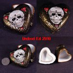 skull_hearts_container_by_undead_art-d363hx9